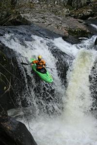 wales waterfalls 241006 025